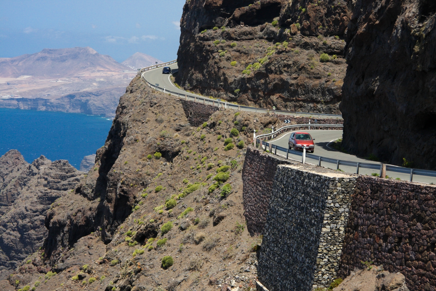 The GC 200 west coast road in Gran Canaria