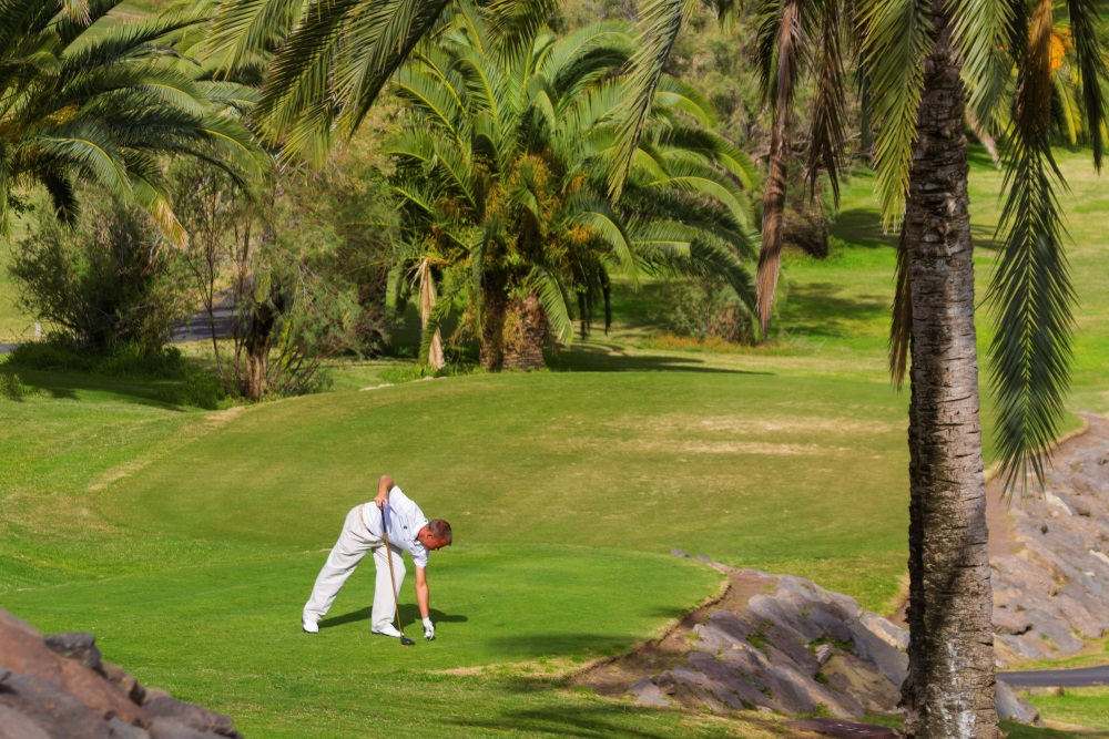 Playing golf in Gran Canaria in winter