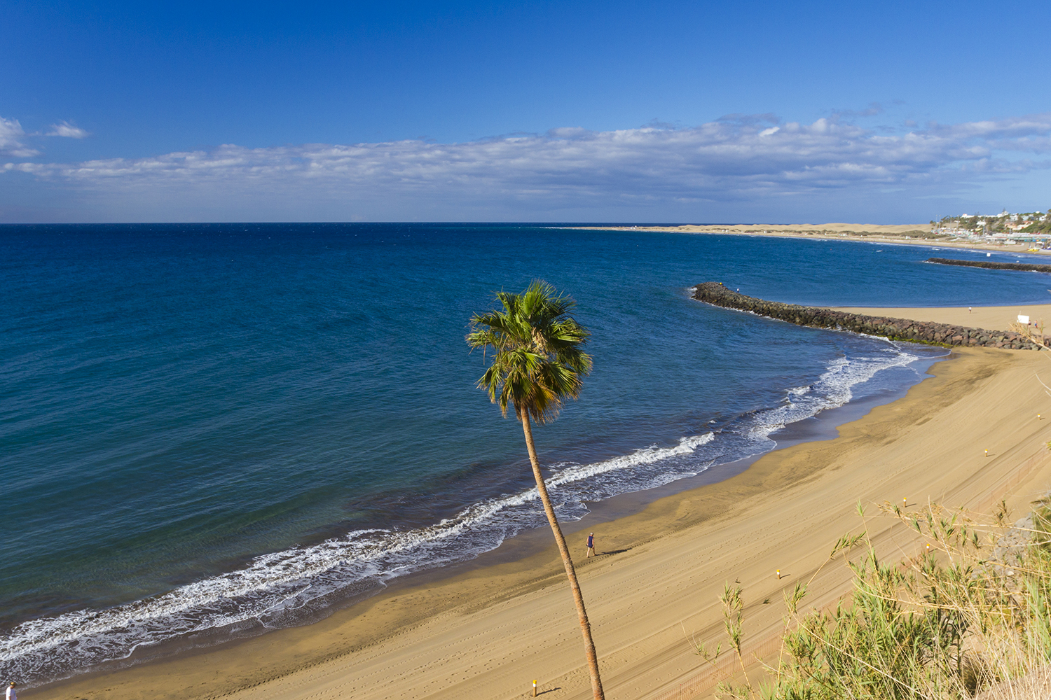 El Cochino beach in south Gran Canaria