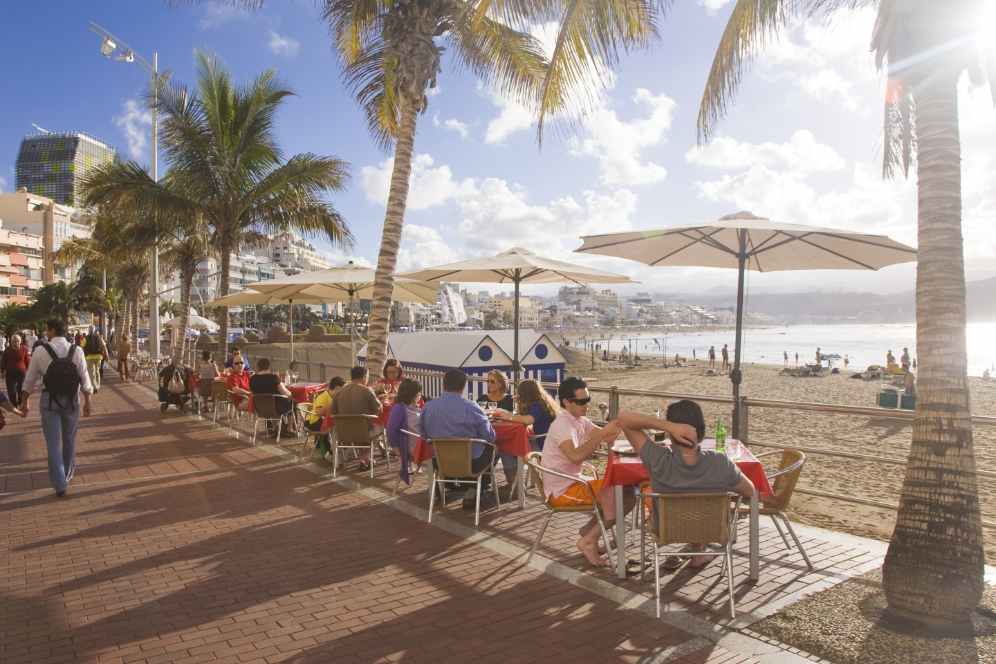 Las Canteras beach promeande with restaurants