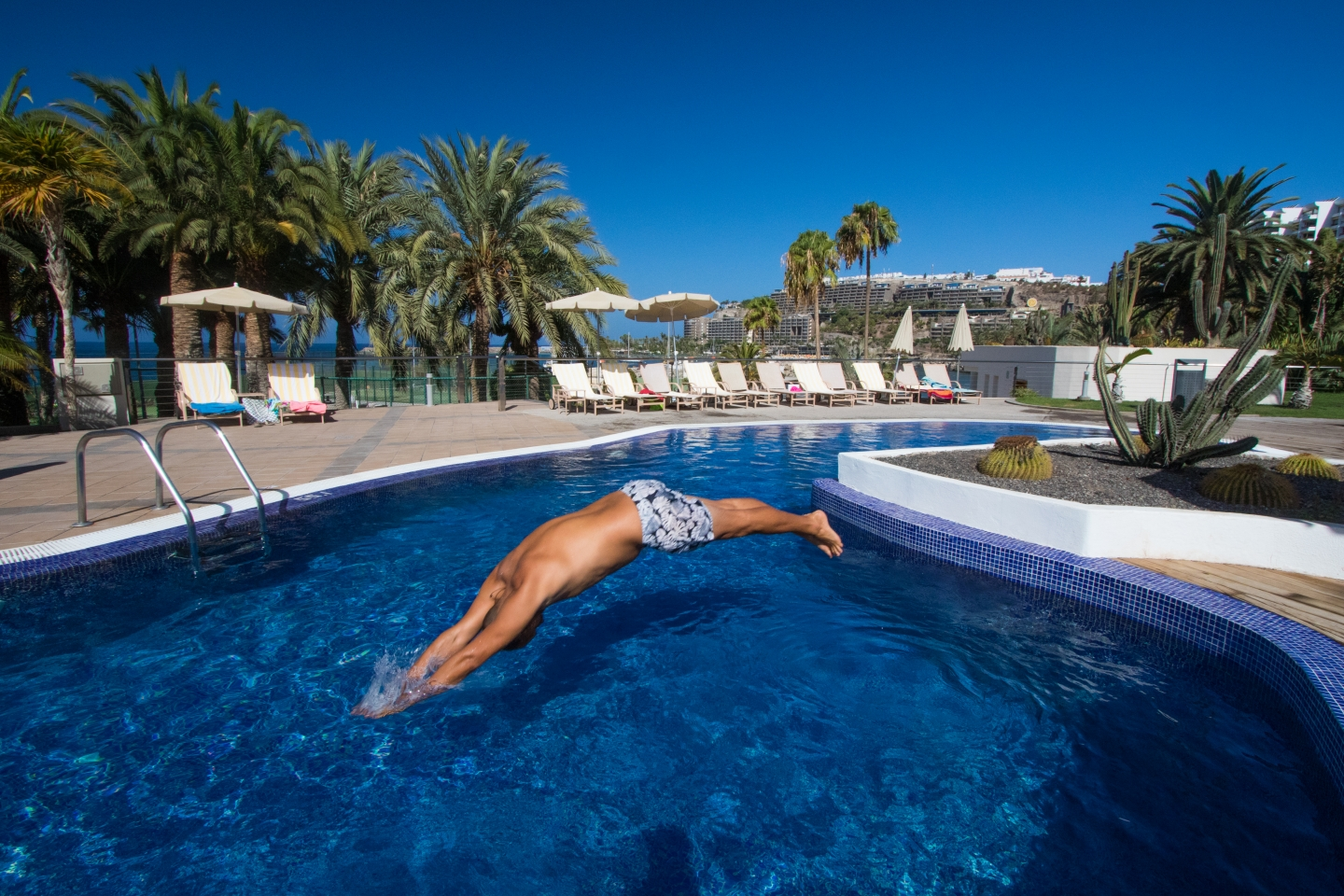 Radisson Blu swimming pool in Gran Canaria