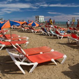 maspalomas_dunes_and_beach_-_febr_2011_-026