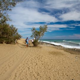maspalomas_dunes_and_beach_-_febr_2011_-032