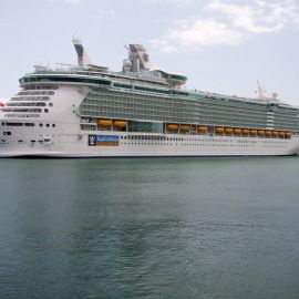 independence_of_the_seas-4