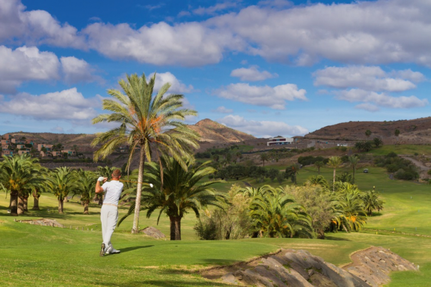 Golf in the winter sunshine in Gran Canaria