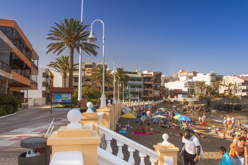 Salinetas is East Gran Canaria's prettiest beach