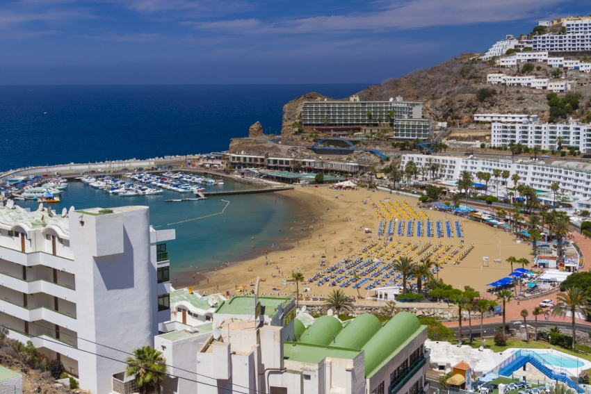 Even Gran Canaria's biggest resorts are mostly quiet