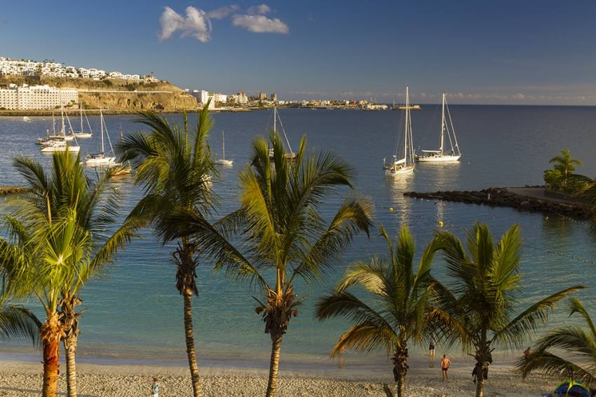 Anfi Beach: Gran Canaria's Most Tropical Beach
