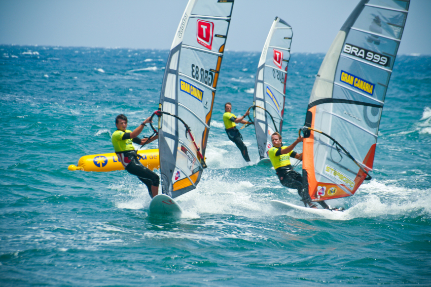 Windsurfing guide to Gran Canaria