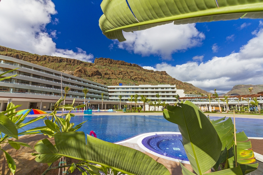 TGran Canaria's Newest Hotel: The Radisson Blu at Mogán