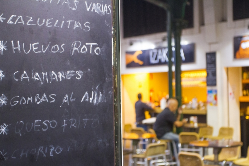 Las Palmas' Mercado del Puerto is a foodie hub