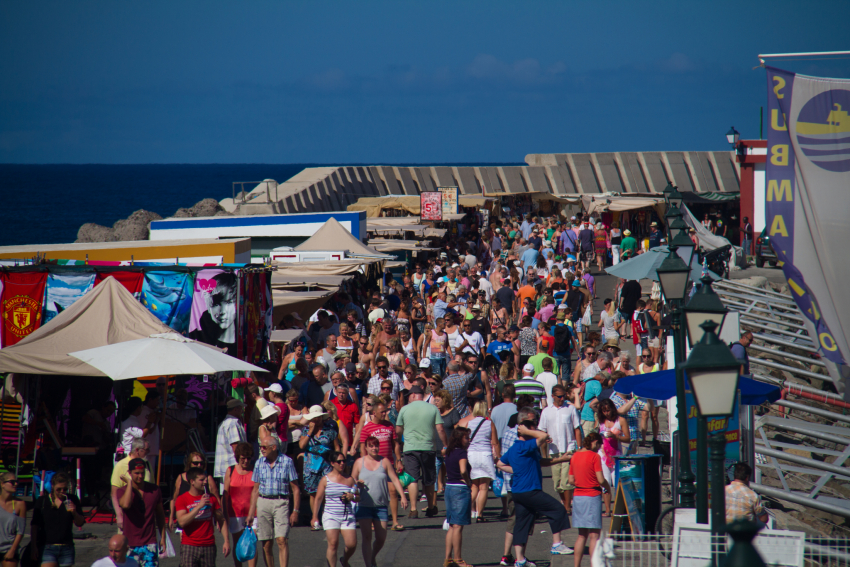 The big Friday market at Puerto de Mogán