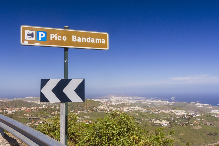 The Bandama Caldera and viewpoint on the road from Las Palmas to Cruz de Tejeda