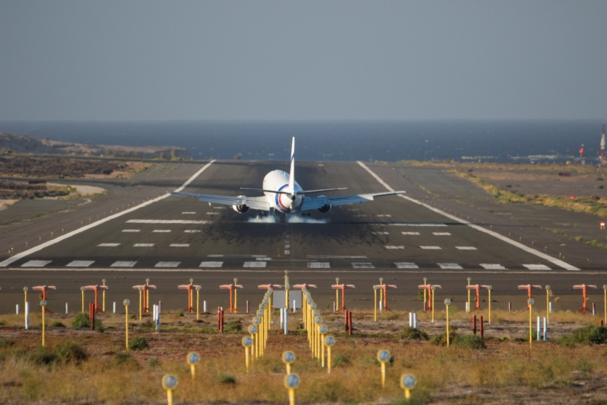 Air traffic control strikes not expected to cause major disruption in Gran Canaria