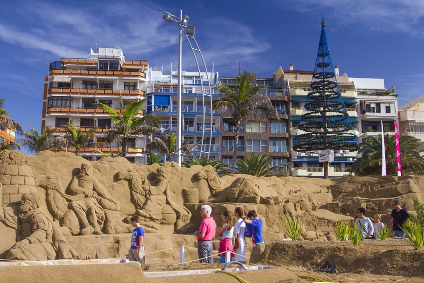 The Las Canteras beach nativity scene in 2015