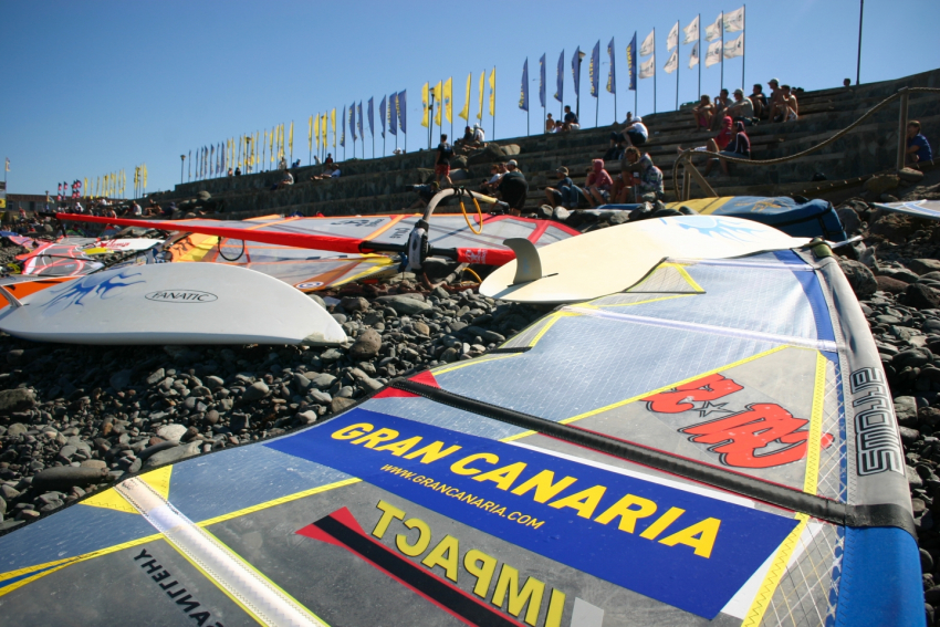 Pozo Izquierdo's pebble beach is where Gran Canaria's windsurf fans gather