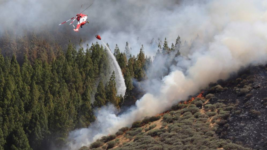 Fighting the fire in Gran Canaria