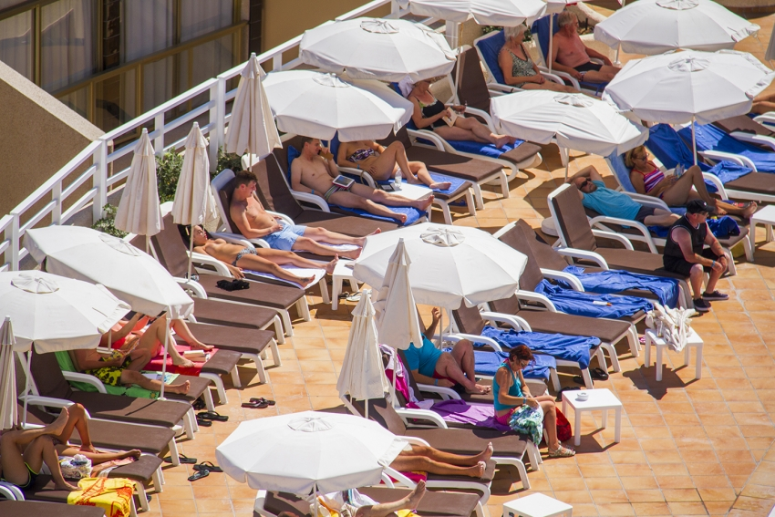 Holiday Towel Wars: You Won't Believe What People Will Do To Bag A Poolside Lounger