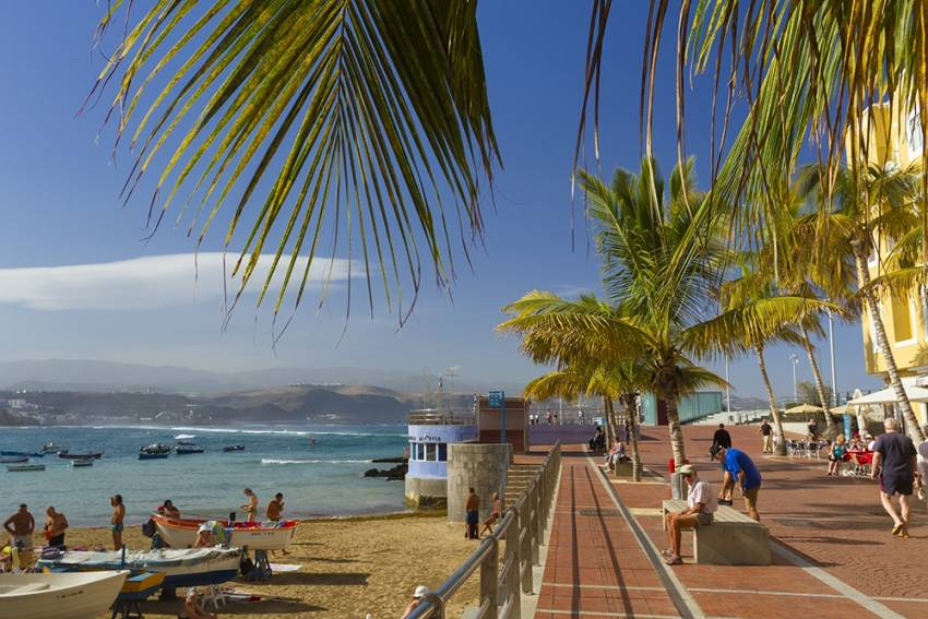 How To Recognise A Local Beach In Gran Canaria